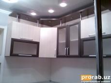 Кухня из ЛМДФ, комбинированная с AGT профилями.